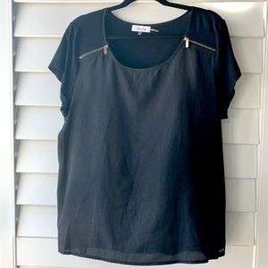 Calvin Klein XL black top with gold zippers XL
